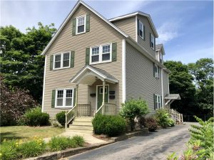 37 Winter St apt 1, Franklin, MA 02038